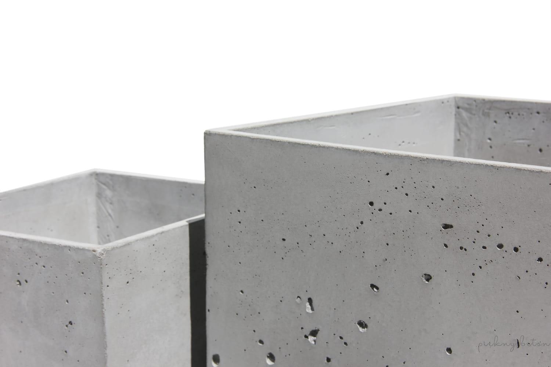 Dodatkowe W pieknybeton.pl znajdziesz donice betonowe, blaty betonowe KC37